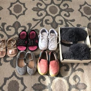 Bundle of toddlers used shoes
